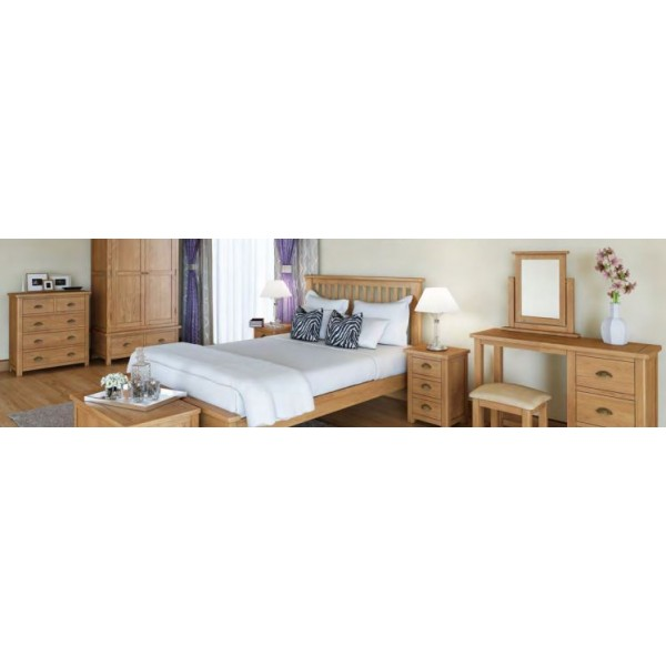 Cavendish oak 3 Drawer Bedside